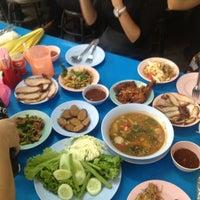 Photo taken at ร้านอาหาร 3 ภาค by 🌺Devil in the mist🌺 on 8/27/2014