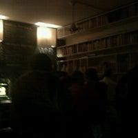 Foto scattata a Draft Book Bar da Michaela J. il 10/27/2012