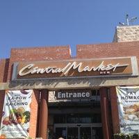 3/13/2013にMike B.がCentral Marketで撮った写真
