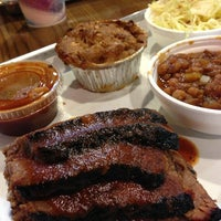 รูปภาพถ่ายที่ Smoque BBQ โดย Javier S. เมื่อ 2/24/2013