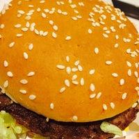 Photo taken at McDonald's / McCafé by Hein T. on 8/10/2017