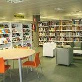 Foto tomada en Biblioteca Pública de Lugo por George P. el 8/21/2013