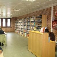 Foto tomada en Biblioteca Pública de Lugo por George P. el 8/23/2013