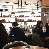 Foto tomada en Jeju Noodle Bar por Ben H. el 3/13/2018