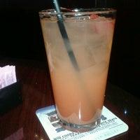 12/17/2012 tarihinde Rose W.ziyaretçi tarafından Coaches Pub'de çekilen fotoğraf
