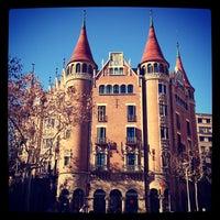 Foto tirada no(a) Casa Terrades (Casa de les Punxes) por Валерия💡 С. em 1/6/2013