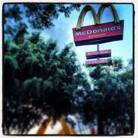 Photo taken at McDonald's by Eduardo C. on 5/30/2013