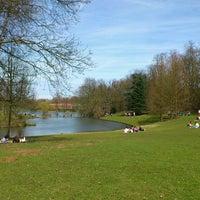 Foto tomada en Parc de Woluwepark por Dimitrios M. el 4/14/2013