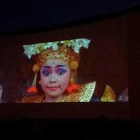 """Foto scattata a Kinas po žvaigždėmis (Kino teatras """"Pasaka"""") da Vilius K. il 7/24/2013"""