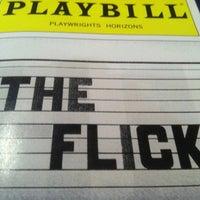 รูปภาพถ่ายที่ Playwrights Horizons โดย Jay C. เมื่อ 3/30/2013