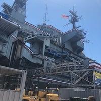 Das Foto wurde bei USS Midway Flight Deck von Livier A. am 7/21/2018 aufgenommen