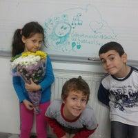 Photo taken at Özel Ataşehir Adıgüzel Güzel Sanatlar Lisesi by Cigdem Ç. on 11/24/2013