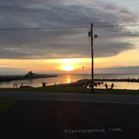Photo taken at West Bay Inn by Ethan on 5/28/2017