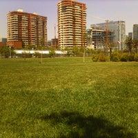 Das Foto wurde bei Parque Juan Pablo II von Alfonso L. am 11/2/2012 aufgenommen