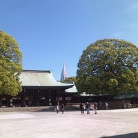 Foto tirada no(a) Meiji Jingu Shrine por Q N. em 5/12/2013