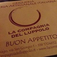 Photo taken at La Compagnia Del Luppolo by Rita 🐼 on 1/27/2013