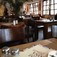 Das Foto wurde bei Cafe & Bar Celona Finca von Ⓜ️usty🇩🇪 am 7/29/2013 aufgenommen