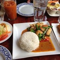 Foto tomada en Sri Thai por Patrick Gil el 4/28/2014