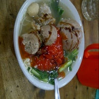 Photo taken at Bakso Jawir by Rossa H. on 9/6/2014