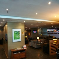 Photo taken at Plaza Premium Lounge, Domestic by tanjoe m. on 4/9/2018