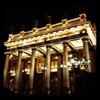 Foto tomada en Teatro Juárez por Arturinho C. el 10/20/2012