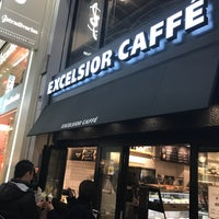 Photo taken at EXCELSIOR CAFFE 心斎橋店 by slimer on 12/26/2016