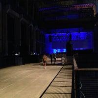 Das Foto wurde bei Kraftwerk Berlin von Barry H. am 7/25/2013 aufgenommen