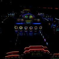 Foto tirada no(a) Casino del Hipódromo de Palermo por Karina O. em 6/15/2013
