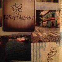 Das Foto wurde bei Forgtmenot von Elena K. am 12/16/2012 aufgenommen