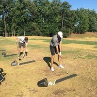 Foto tomada en Legacy Links Golf Course & Driving Range por Charles P. el 7/30/2017