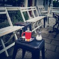 Foto tirada no(a) Caffènation por Abdullah H. em 8/16/2015