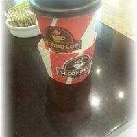 Photo taken at Second Cup by Abdulla Al Ameri ع. on 10/20/2012