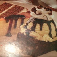 Photo taken at Outback Steakhouse by Cartier D. on 10/27/2012