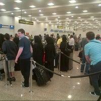9/23/2012 tarihinde Rhency P.ziyaretçi tarafından Terminal 2'de çekilen fotoğraf
