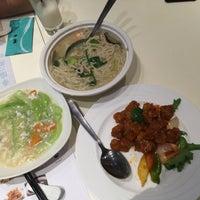 Photo taken at PUTIEN Restaurant 莆田菜馆 by Regine K. on 6/29/2015