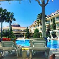 9/1/2017 tarihinde Kemal Ç.ziyaretçi tarafından Larissa Sultan's Beach Hotel'de çekilen fotoğraf