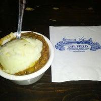10/6/2012 tarihinde Matt M.ziyaretçi tarafından The Field Irish Pub & Restaurant'de çekilen fotoğraf