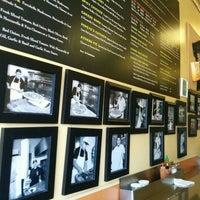 5/18/2015 tarihinde Slava V.ziyaretçi tarafından Abbot's Pizza Company'de çekilen fotoğraf