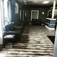 The Razor Lounge