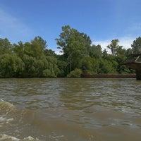 Foto tirada no(a) Delta del Tigre por Gabriel R. em 1/5/2013