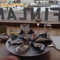 7/22/2015 tarihinde Osman Emir Baymanziyaretçi tarafından Finlandia Caviar'de çekilen fotoğraf