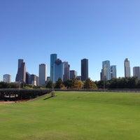 11/24/2012 tarihinde John 🇺🇸 🚤ziyaretçi tarafından Buffalo Bayou Park'de çekilen fotoğraf