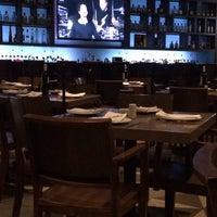 Foto tomada en La Ocho Restaurante por Jimena P. el 1/23/2014