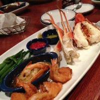 Photo taken at Red Lobster by Yana P. on 5/13/2013