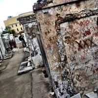 Снимок сделан в St. Louis Cemetery No. 1 пользователем Nadir 6/26/2013