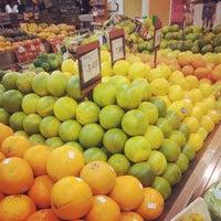 4/13/2013 tarihinde Theo V.ziyaretçi tarafından Supermercado Zona Sul'de çekilen fotoğraf