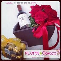 1/29/2014 tarihinde Flores D.ziyaretçi tarafından Florería Flores de Oaxaca'de çekilen fotoğraf