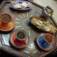 Photo taken at Amir's Delights by Duygu K. on 9/12/2015