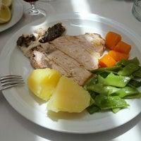 Foto tirada no(a) Restaurante Pedra Alta por Leonardo C. em 6/10/2014