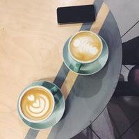 Снимок сделан в First Point Espresso Bar пользователем Tanya K. 3/18/2017